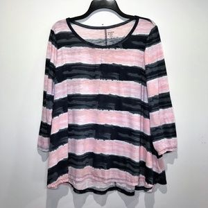 CROWN & IVY 3/4 SLEEVE Pink & Gray Flare Top 1X